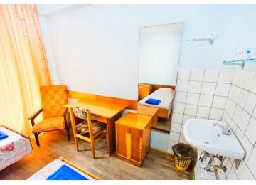 Эконом 3-местный номер без удобств | Пансионат «ОПК Пицунда »| Абхазия, Пицунда
