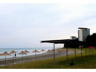 ОПК Пицунда, собственный оборудованный пляж